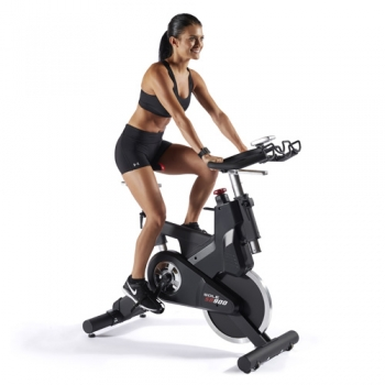 SB900 Sole Fitness indoor bike magnetica light commercial